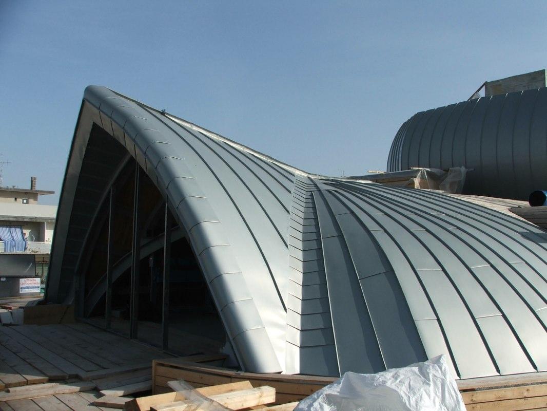 Prodotti montaggio tetti lattoneria san pietro in vincoli for Montaggio velux